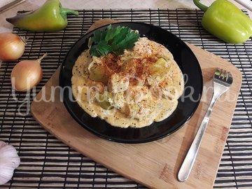 Куриное филе с болгарскими перцами в соусе с фетой - шаг 12