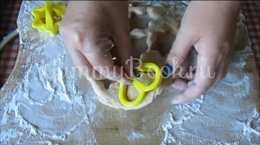 Мягкое домашнее печенье на сметане  - шаг 5
