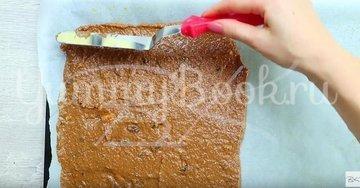 Морковный ароматный рулет с кремом из маскарпоне - шаг 3