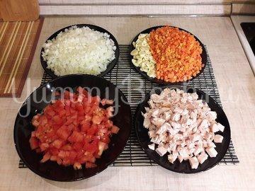 Гороховый суп с двумя видами мяса и помидорами - шаг 3