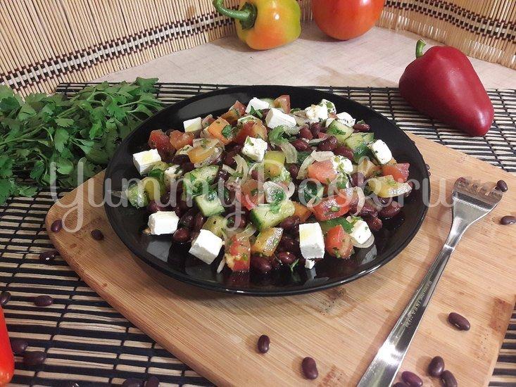 Салат со свежими овощами, фасолью и фетой - шаг 4