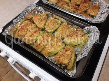 Болгарские перцы, фаршированные начинкой с фетой - шаг 11