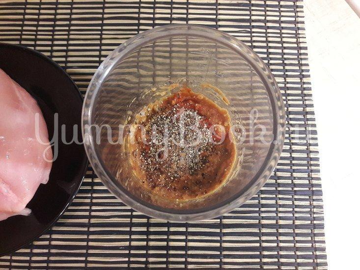 Куриная грудка в чесночно-томатном маринаде - шаг 2