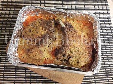 Корейка в сметанном маринаде с горчицей и чесноком - шаг 5