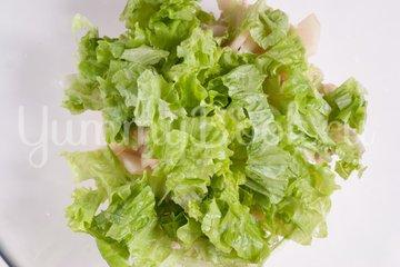 Салат с куриным филе и грушами - шаг 3