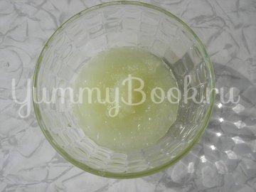 Луковые лепешки на минеральной воде (постные) - шаг 1