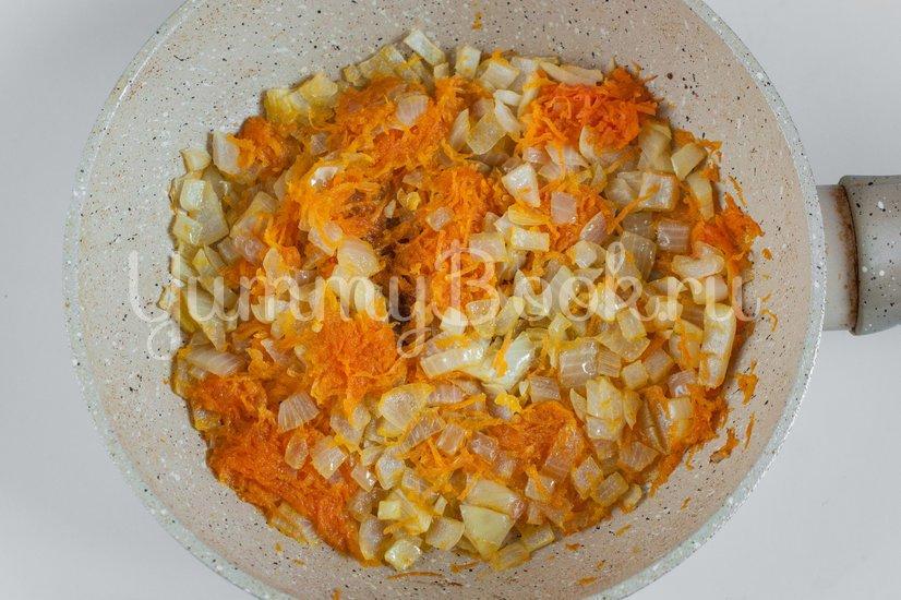 Гречневый суп с куриными фрикадельками - шаг 1