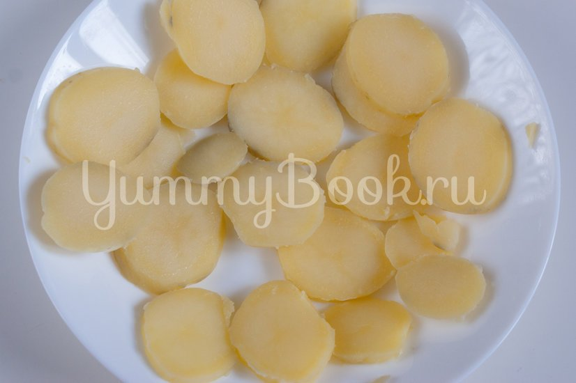 Наливной пирог с картофелем и грибами в мультиварке - шаг 5