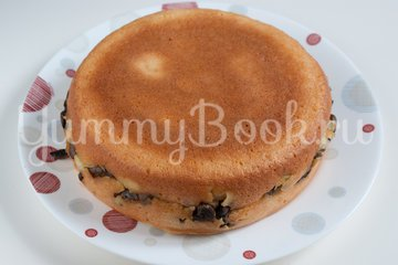 Наливной пирог с картофелем и грибами в мультиварке - шаг 10