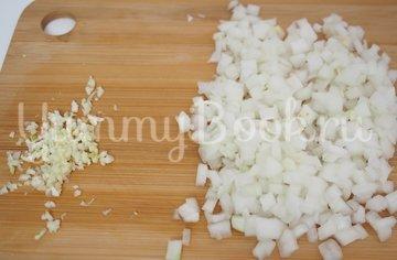 Картофельная запеканка с фаршем - шаг 1