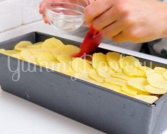 Картофельная запеканка с фаршем - шаг 8