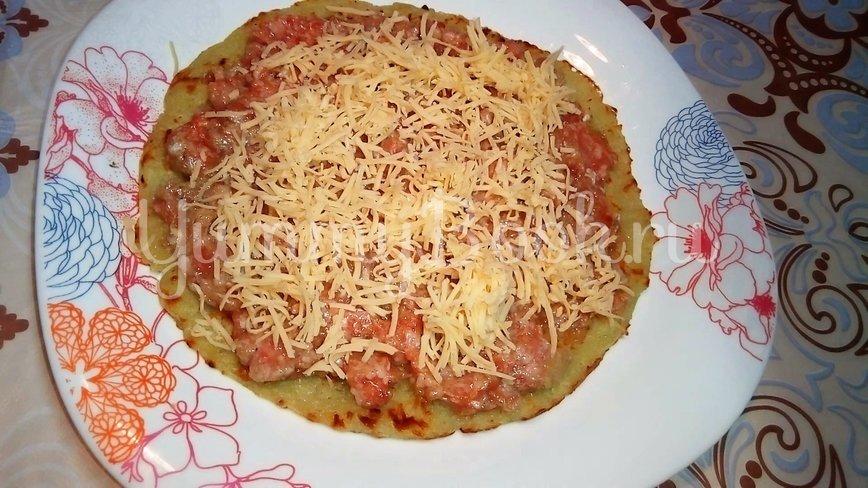 Рулеты из картофеля с мясом и сыром - шаг 4