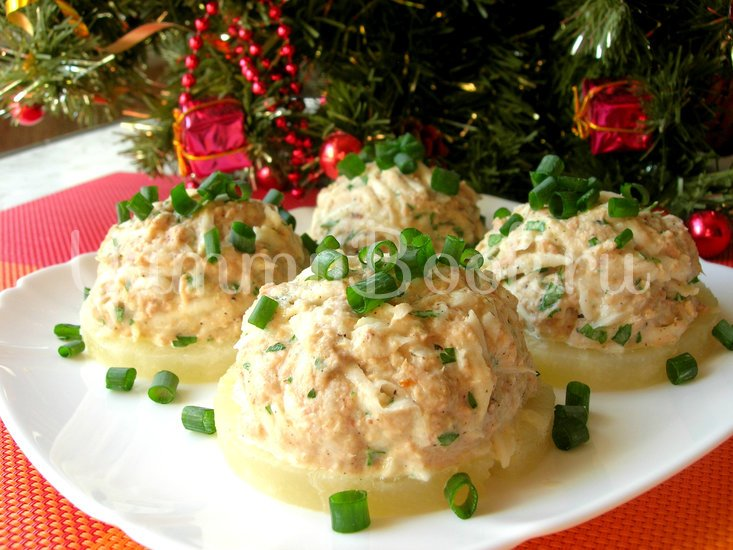 Праздничная закуска с тунцом на ананасовых кольцах - шаг 5