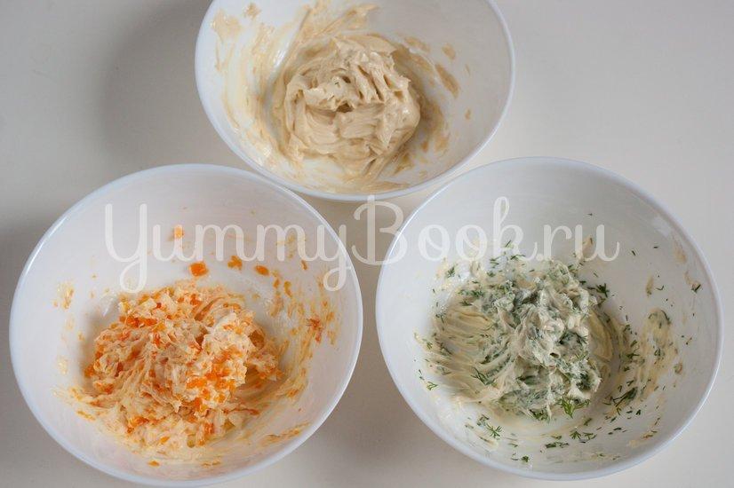 Бутерброды с ароматным маслом и сельдью - шаг 2