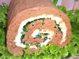 Рулет из печени со сливочным маслом и зеленью