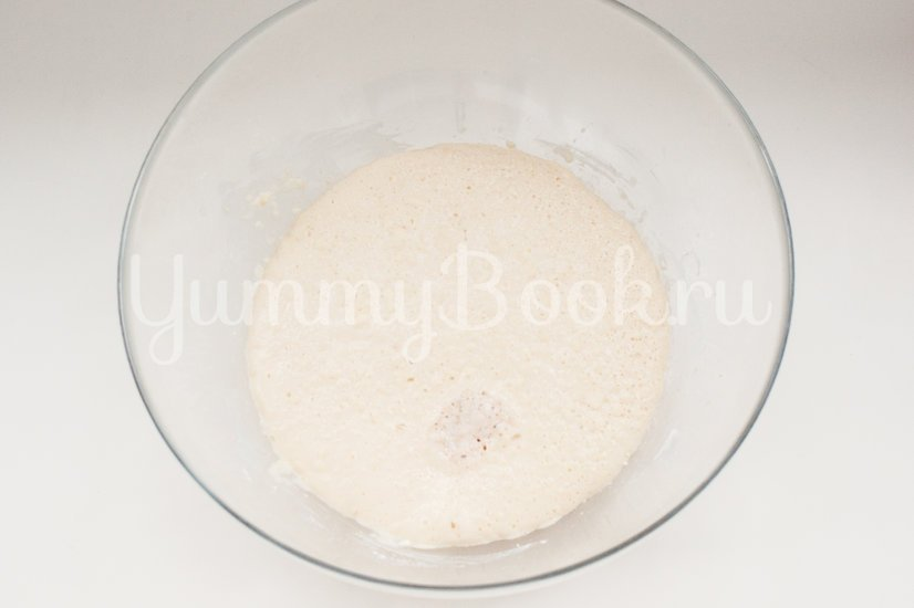 Дрожжевые булочки с сыром - шаг 1