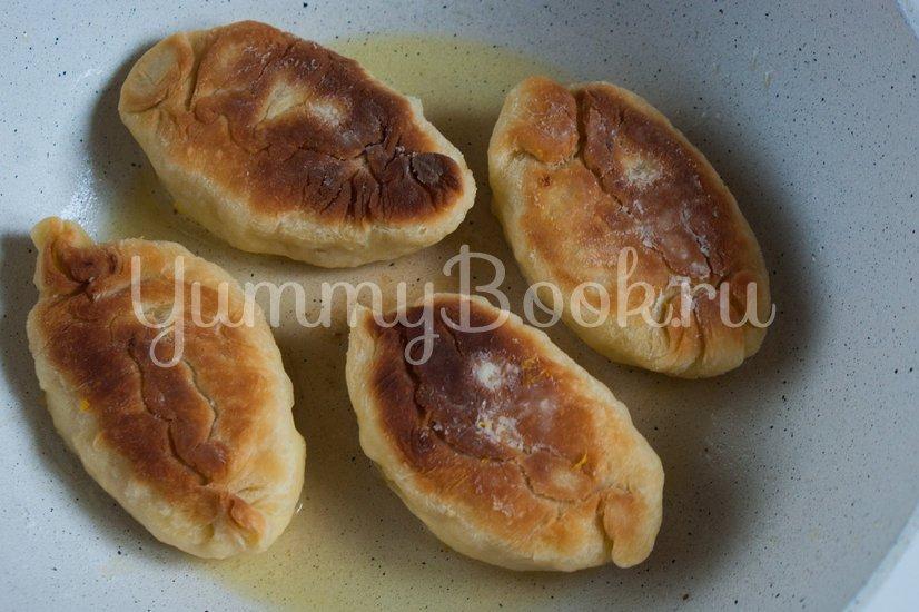 Жареные пирожки с тыквой - шаг 11
