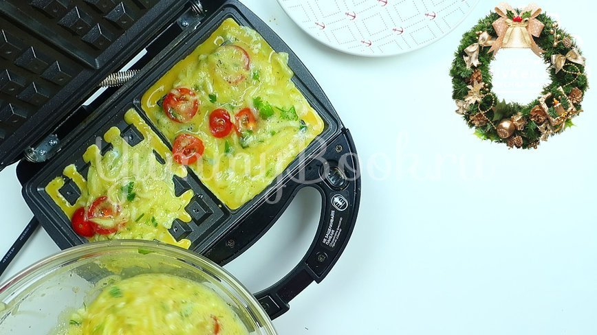 Омлет с овощами в электровафельнице - шаг 5