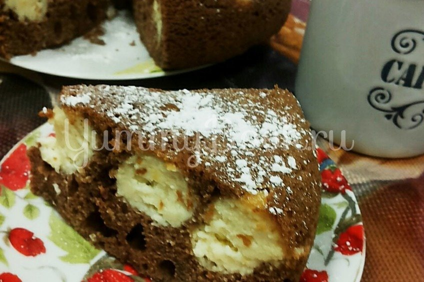 Пирог  шоколадный с творожными шариками в мультиварке