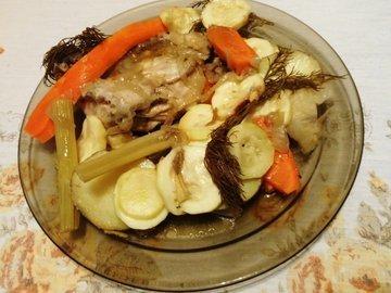 Куриные бёдра, запечённые с овощами в фольге