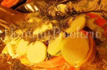 Куриные бёдра, запечённые с овощами в фольге - шаг 10