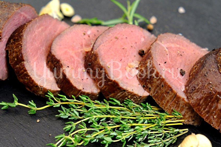 Сочная говядина, запеченная в духовке