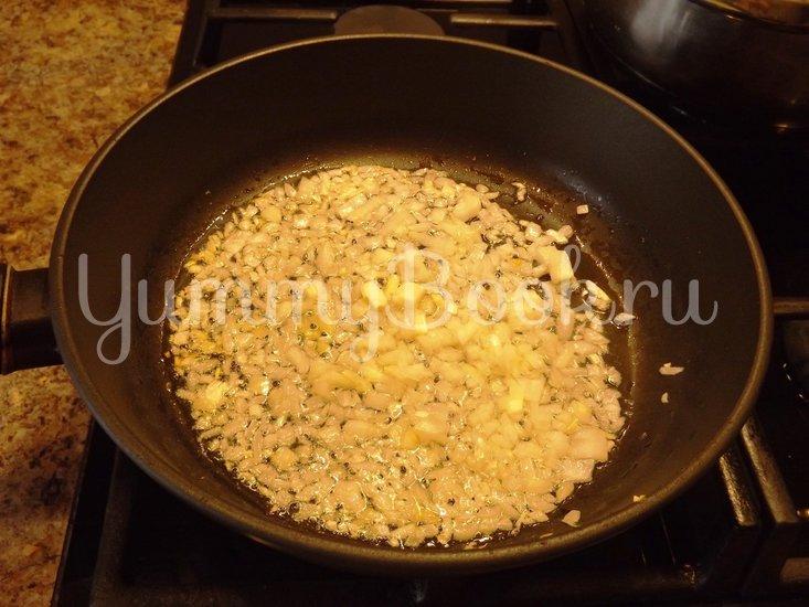Пряный гороховый суп-похлебка с овощами и копчеными ребрышками - шаг 4
