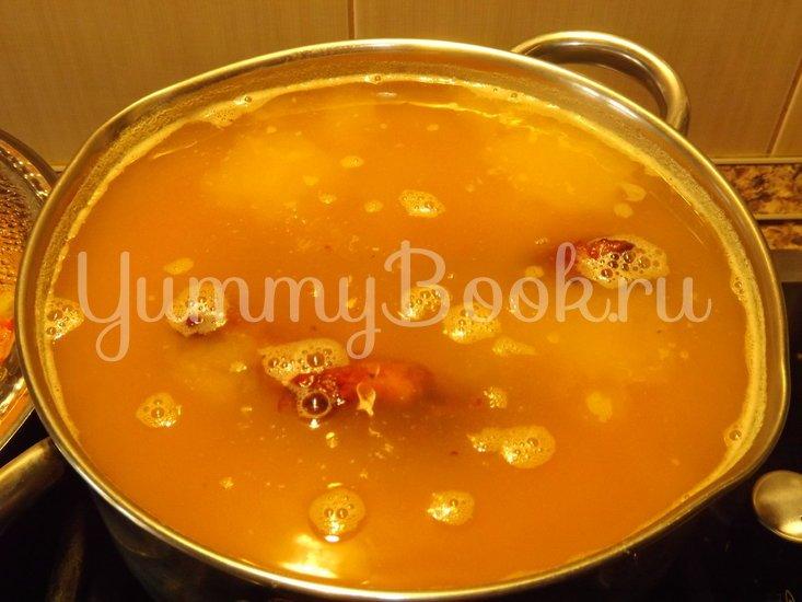 Пряный гороховый суп-похлебка с овощами и копчеными ребрышками - шаг 3