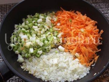 Пряный гороховый суп-похлебка с овощами и копчеными ребрышками - шаг 5