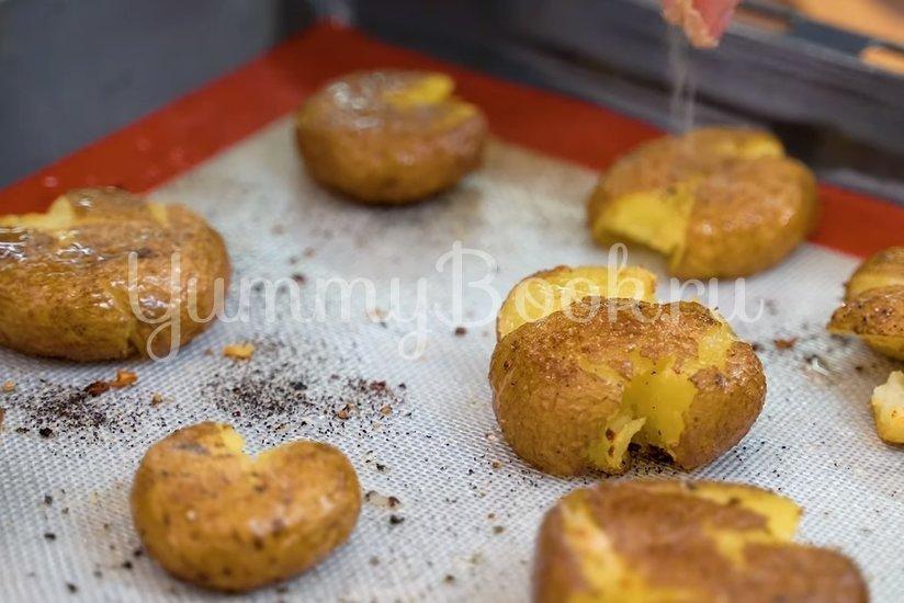 Хрустящая раздавленная картошка в духовке - шаг 4