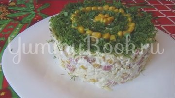 Салат с копченой колбасой и кукурузой - шаг 6