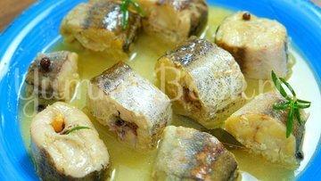 Минтай в сливочно-луковом соусе - шаг 6