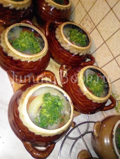 Свинина с овощами в горшочке - шаг 12