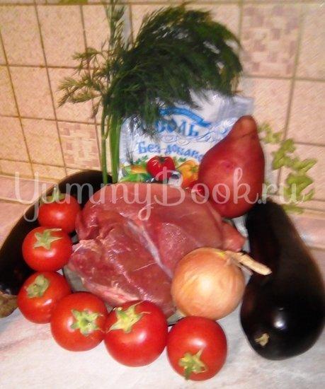 Свинина с овощами в горшочке - шаг 1