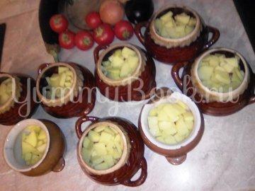 Свинина с овощами в горшочке - шаг 5