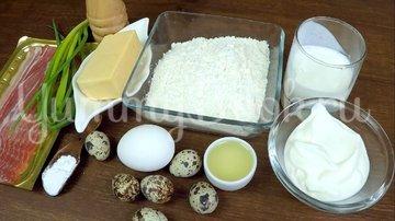 Закусочные кексы с яйцом и беконом - шаг 1