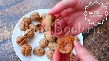 Орешки со сгущенкой без орешницы - шаг 5