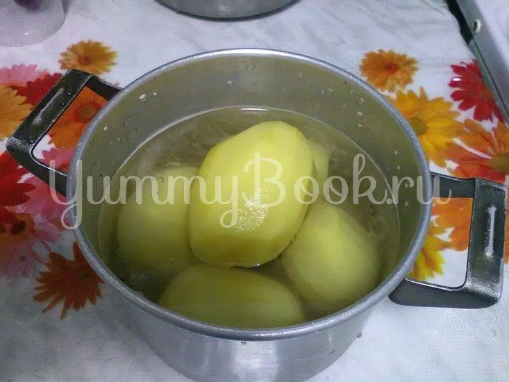 Картошка с грибами, тушенная в сметане - шаг 2