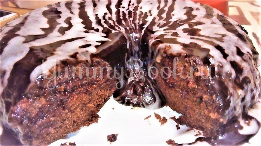 Шоколадный торт с вишней и кремом - шаг 8