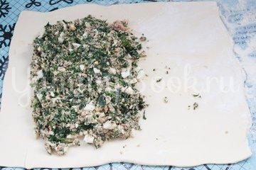 Рыбный пирог из слоёного теста - шаг 3