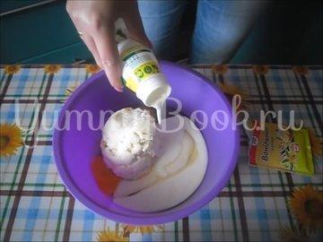 Банановая запеканка с йогуртом  - шаг 2