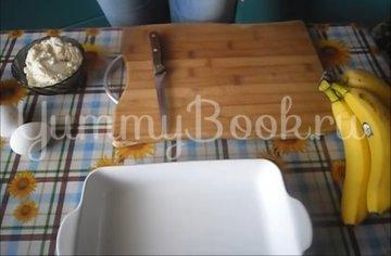 Банановая запеканка с йогуртом  - шаг 1