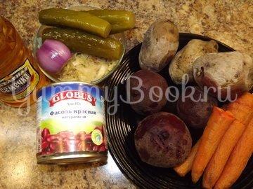 Винегрет с красной фасолью и маринованным луком - шаг 1