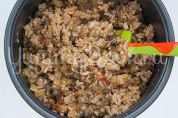 Рис с кабачками и баклажанами в мультиварке - шаг 5
