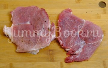 Сочное мясо под шубкой - шаг 1