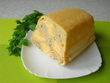 Шахматный блинный пирог без выпечки