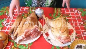 Домашний холодец со свининой и петухом - шаг 1