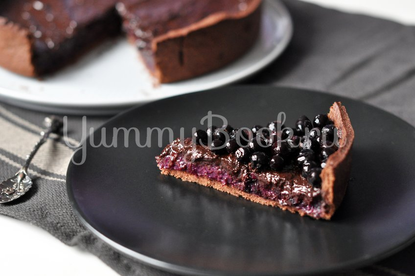 Тарт с черникой и шоколадом
