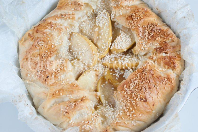 Пирог с заварным кремом и яблоками - шаг 13