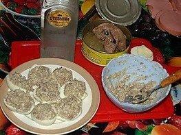 Закуска из яиц с печенью трески